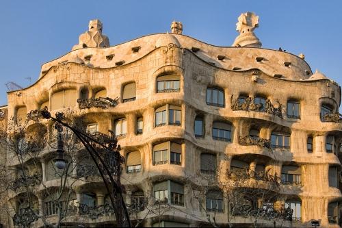 La-Pedrera-Barcelona.jpg