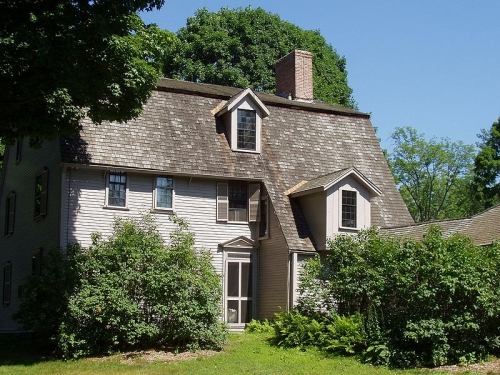 800px-The_Old_Manse_(view_from_Concord_River),_Concord,_Massachusetts.jpg