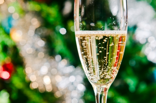 Il-bulles-flute-coupe-champagne_0_1399_933.jpg