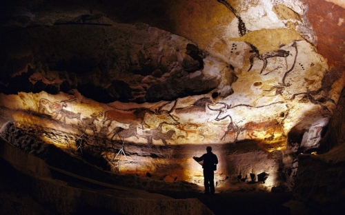 obgrotte-de-lascaux-c-centre-internation.jpg