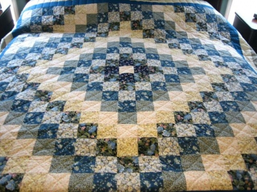 amish-patchwork-quilts-boltonphoenixtheatre-traditional-patchwork-quilt-patterns.jpg