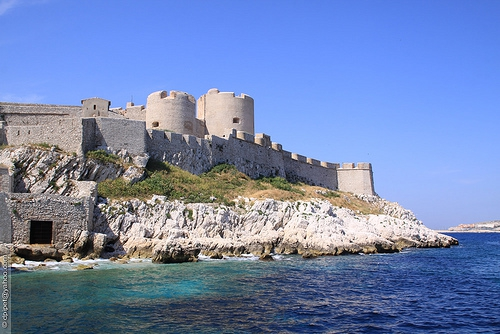 chateau-d-if-marseille-2[1].jpg