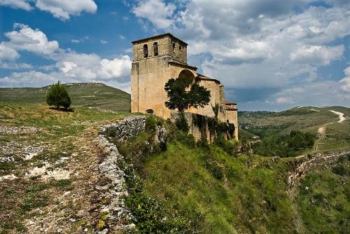 Iglesia_de_Sedano.jpg