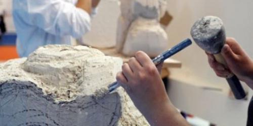 travail du sculpteur.jpg