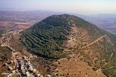 Mount-Tabor-aerial-from-northwest-tbs121210011-biblelieux.jpg